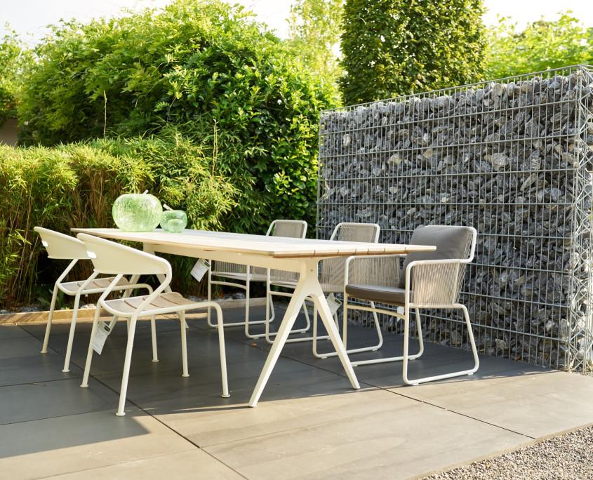 tische garten wohnen. Black Bedroom Furniture Sets. Home Design Ideas